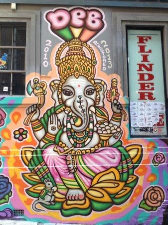 Melbourne By Foot: Laneway art