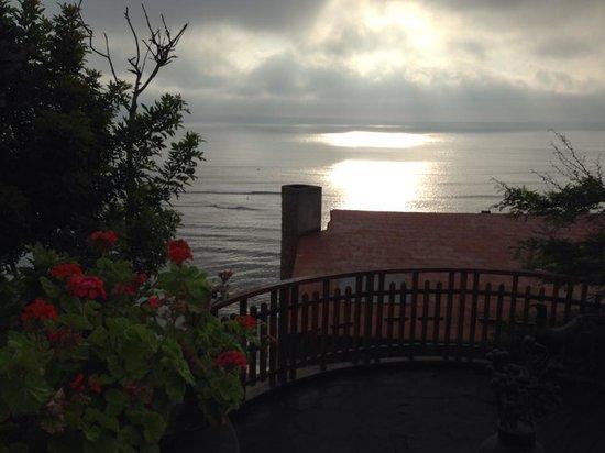 Second Home Peru : hotel grounds