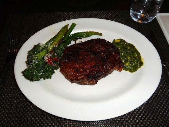 Cut : Ribeye w/Broccoli and Spinach