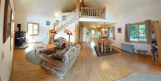 Kootenai River Outfitters: Cabin 3