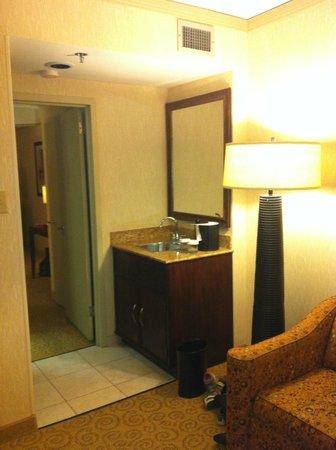 Embassy Suites by Hilton Atlanta - Galleria: Hallway Area