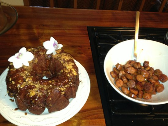"Coconut Cottage Bed & Breakfast: Doug's Hawaiian Sticky Buns or ""Monkey Bread"" Gourmet Style!"