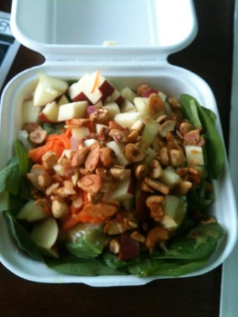 Island Naturals Cafe: Apple and Carrot salad (small) -without chick peas at my request