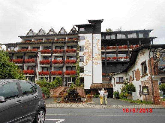 Ringhotel Siegfriedbrunnen: Blick auf den Neu-/Anbau