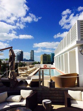 Sense Beach House : The rooftop