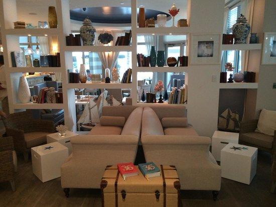 Sense Beach House : Lounge