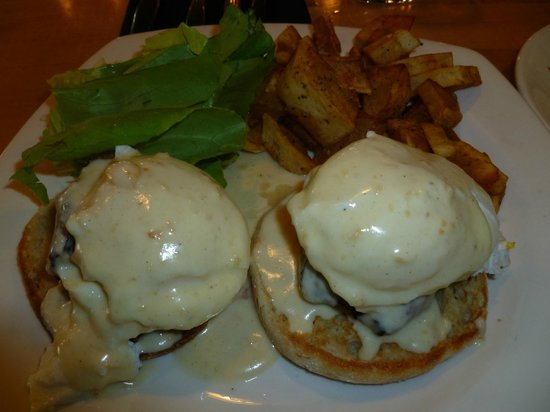 The Towne Plaza: My wife's meal was poached eggs atop beef!!