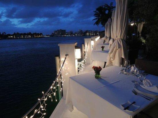 The Pillars Hotel Fort Lauderdale : Secret Garden on the Dock, dining