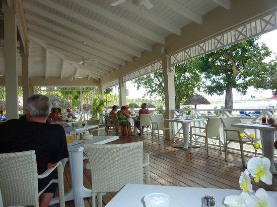 Grand Bahia Principe La Romana: The Beach Restaurant