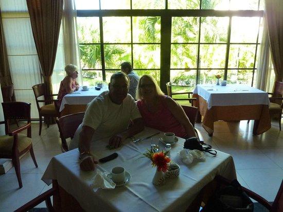 Grand Bahia Principe La Romana: Buffet dining