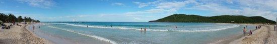 Flamenco Beach : White sand blue waters