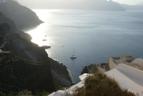 Fira, Grecja: Vista de Santorini amanecer