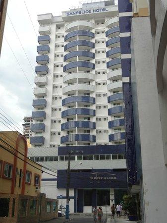 Sanfelice Hotel : Frente do Hotel
