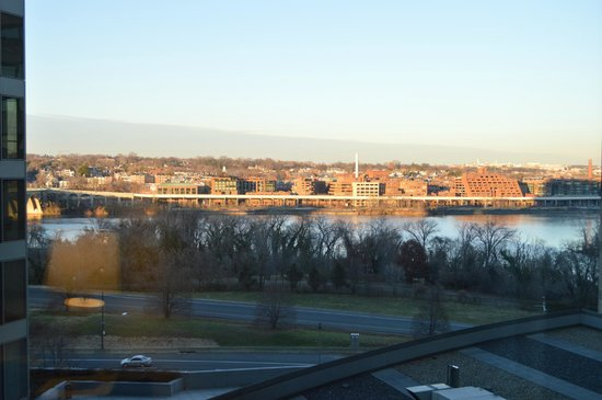 Le Meridien Arlington: The view, in winter, from the 8th floor