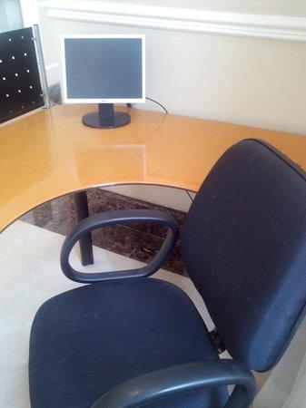 Quality Suites Long Stay Bela Cintra : Projeto de business center