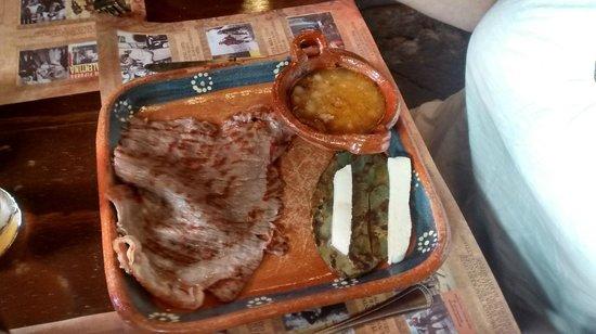Cafe La Antigua Casa Roja: Cecina - the local speciality
