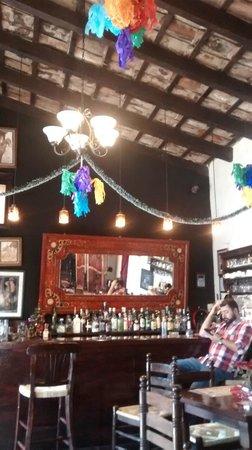 Cafe La Antigua Casa Roja: Inside the bar-restaurant