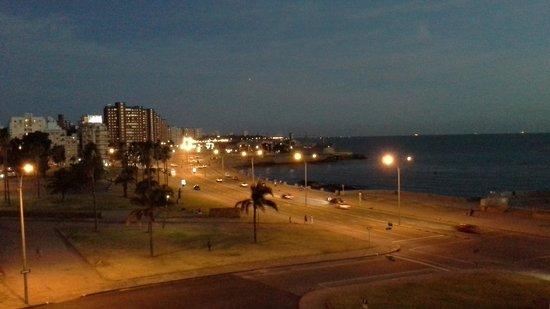 NH Montevideo Columbia: vista do quarto 3○andar