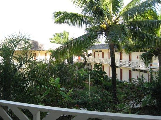 The Edgewater Resort & Spa: courtyard