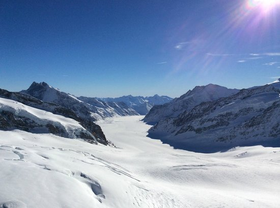 Hotel Gletschergarten: Up on Jungfraujoch - the Top of Europe