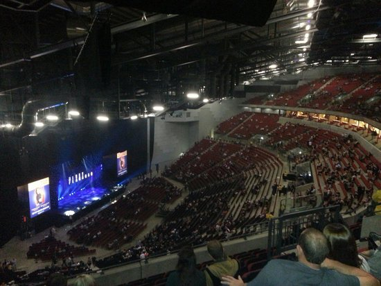 Starting To Fill Up For Micky Flanagan Sept 2013