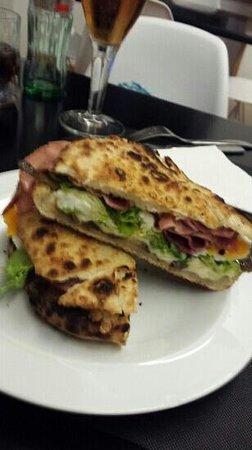 Pizzeria L'Italiana: Fans de Marin de L'italiana