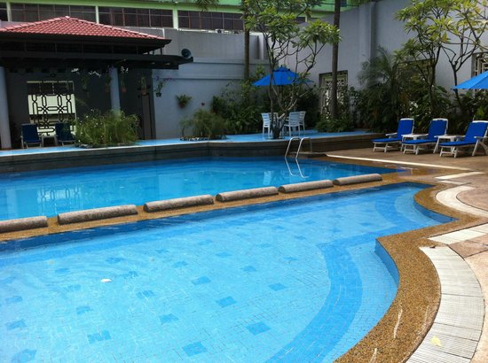 Royale Chulan Bukit Bintang: Pool was clean but small