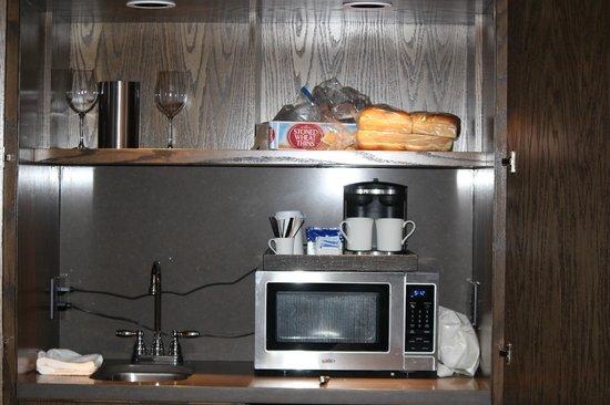Heritage House Resort: Kitchenette