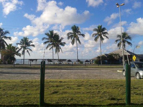 Sunshine Praia Hotel: vista da sacada do quarto