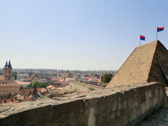 Eger Castle (Egri Var) : 町を一望です