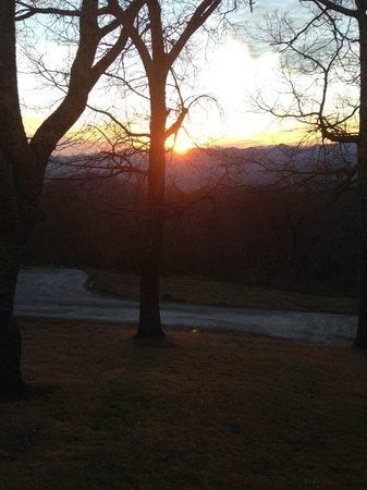 Fire Mountain Inn : Sunset