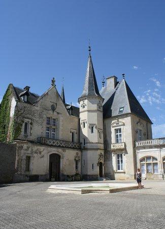 Château Sainte Sabine : So gorgeous!
