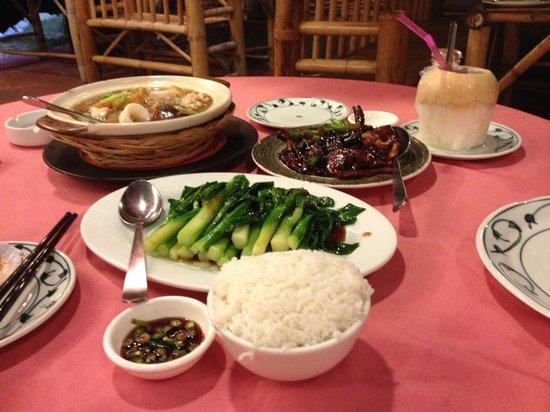 Golden Thai Restaurant: 3 course dinner - large tasty portions