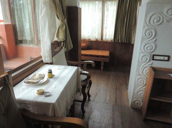 Coffee Inn: upstairs room