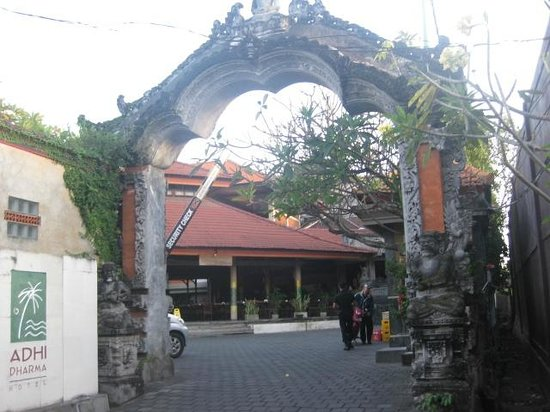 Adi Dharma Hotel entrance from Alley