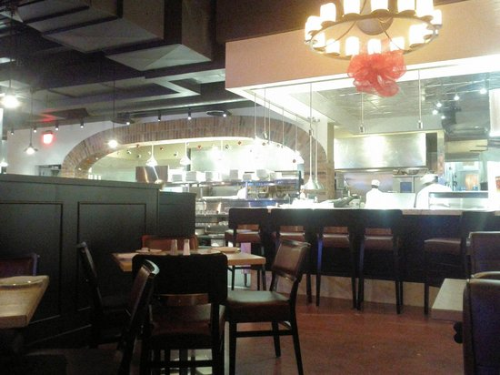Johnny Rocco's : Open kitchen