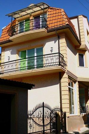 Goldy Hostel