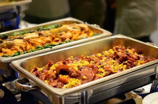 The Legend Palawan: Food 1
