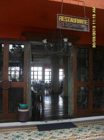 Hotel Campestre El Eden Country Inn : ENTRADA COMEDOR
