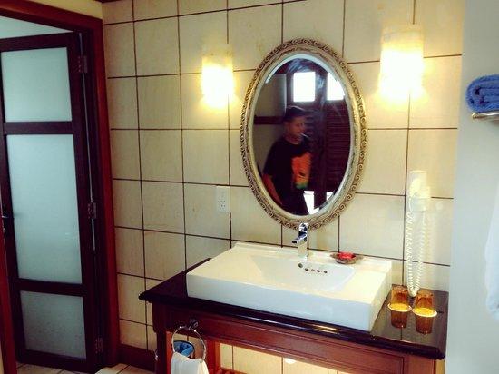 Grand Lexis Port Dickson: bathroom