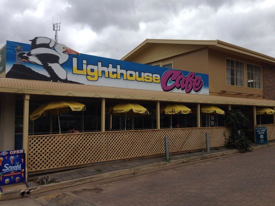 Ki Lighthouse Cafe: View from the outside