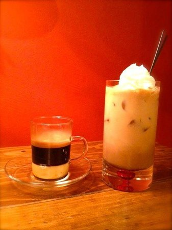 Liquid Outpost: Cafe Bombon & Iced White Chocolate Mocha