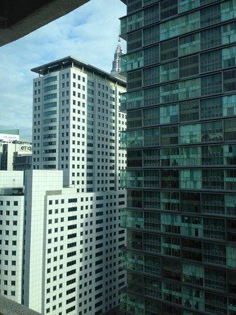 Hotel Novotel Kuala Lumpur City Centre: Sneak peak of KLCC tower top