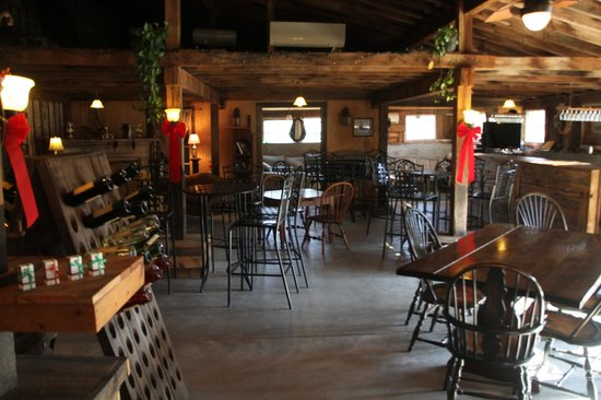 Aspen Dale Winery at the Barn: Warm and cozy with live music on the weekends.