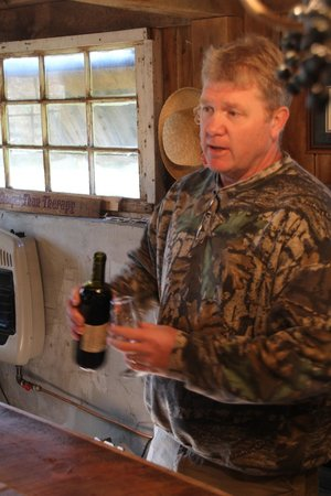 Aspen Dale Winery at the Barn: Larry, the owner, schooled us on things I hadn't heard of like ice wine.
