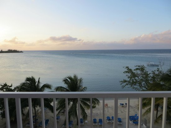 Hotel Riu Montego Bay : View from room