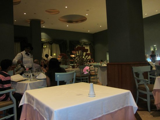 Iberostar Rose Hall Beach Hotel: Cajun Restaurant