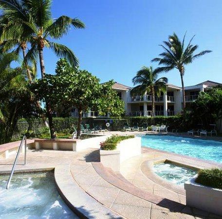 Vista Waikoloa: Two Hot Tubs