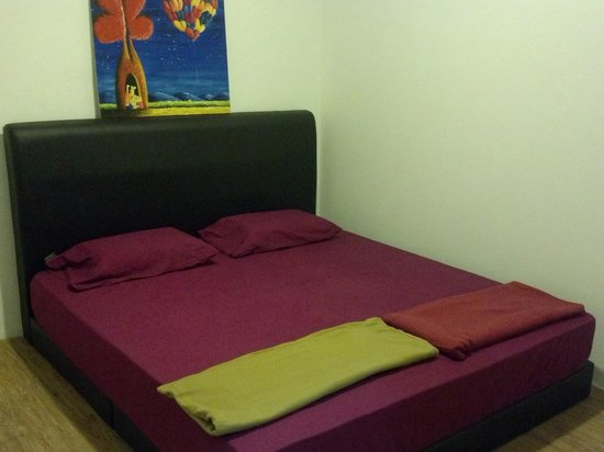 Marquee Guest Houzz: Double Room (King Bed)