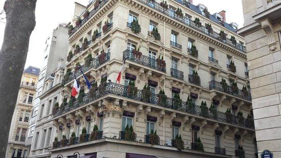 Hotel Baltimore Paris Champs-Elysées : Hotel